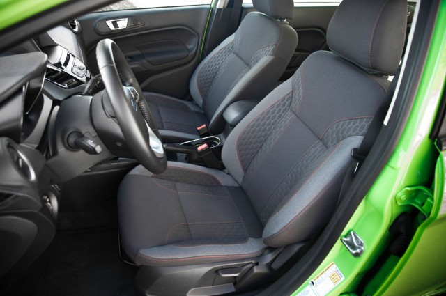 2014-Ford-Fiesta-SE-interior-seats