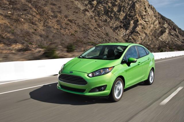 2014-Ford-Fiesta-SE-promo